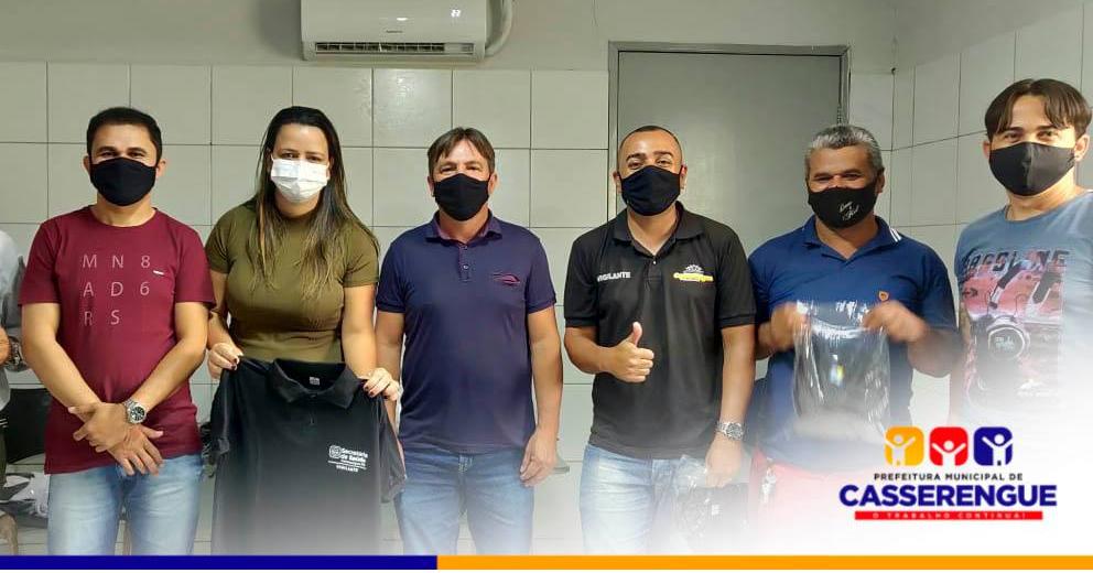 NOVOS FARDAMENTOS DAS EQUIPES DA SECRETARIA DE SAÚDE