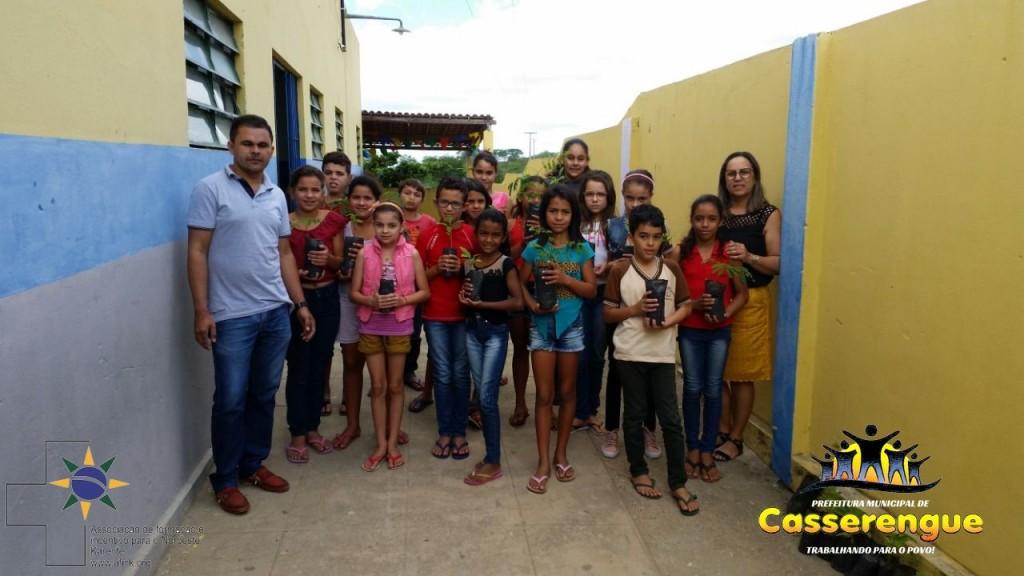 Distribuição de Mudas Nativas e Frutíferas no Dia do Meio Ambiente